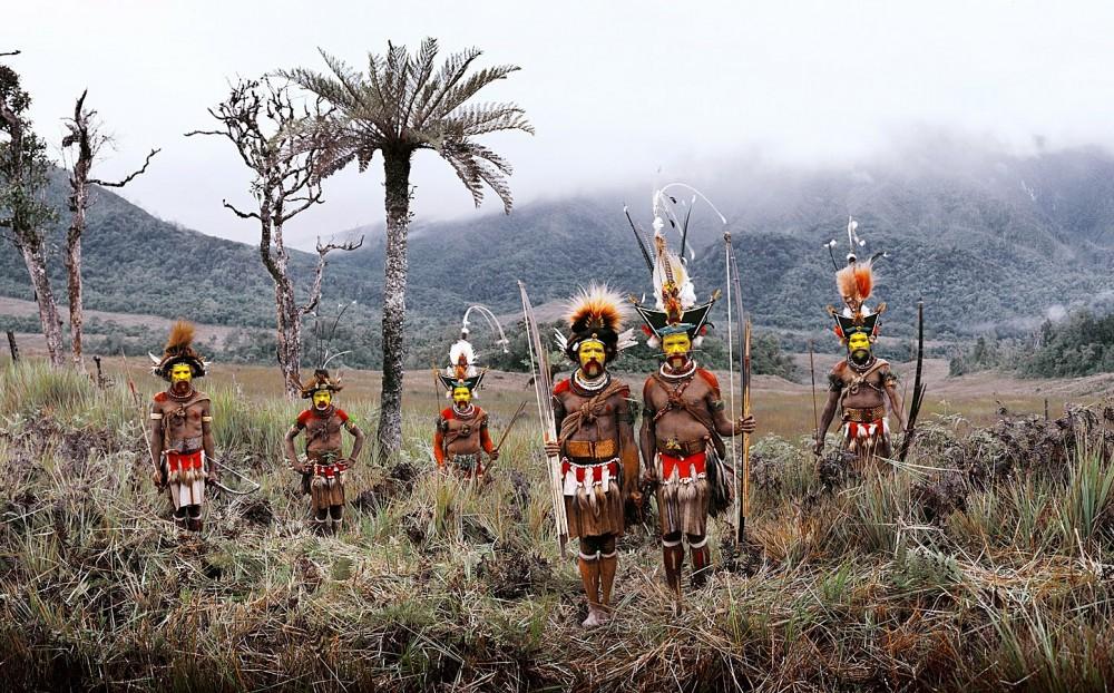 tribos mais isoladas do mundo