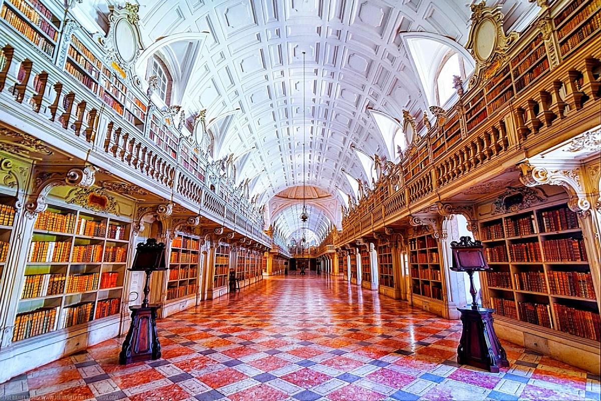 As 5 bibliotecas mais bonitas de Portugal