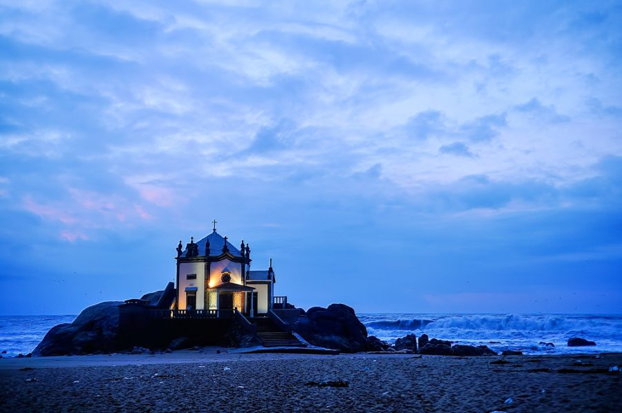 A mítica Capela do Senhor da Pedra
