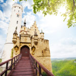 """16 Castelo de Lichtenstein (também conhecido como """"Castelo do Conto de Fadas""""), Alemanha"""