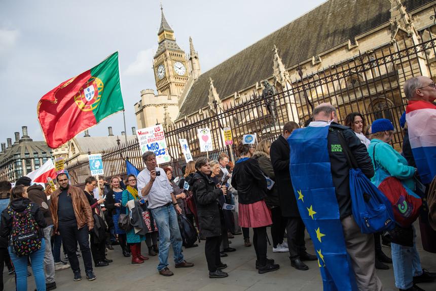 Brexit: Comunidade Portuguesa está protegida?