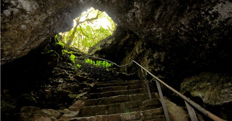As 12 grutas mais bonitas de Portugal