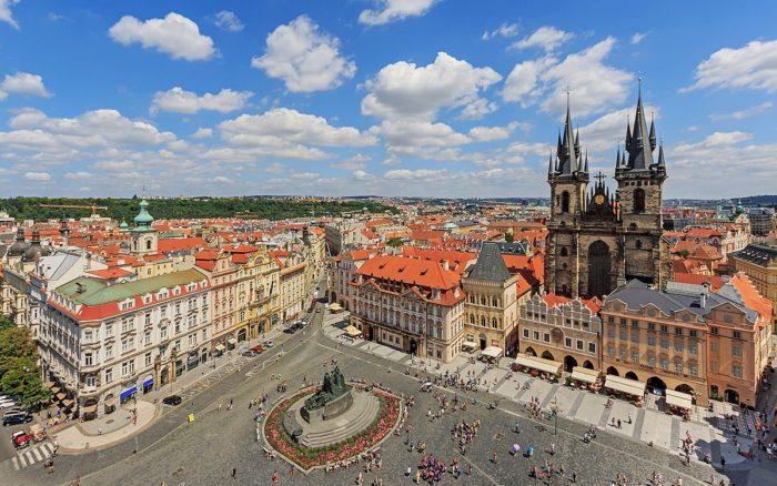 Praça da Cidade Velha, Praga, República Checa - © A.Savin, Wikimedia Commons