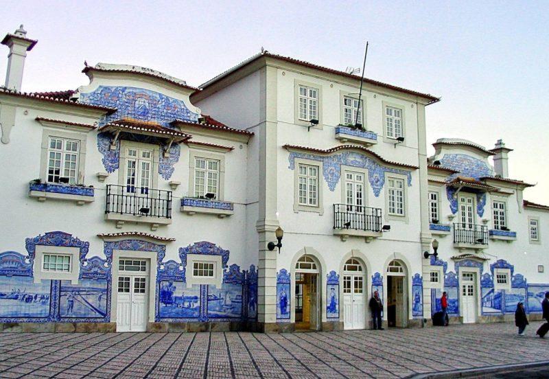 7 Estações de Comboios emblemáticas e mais belas de Portugal