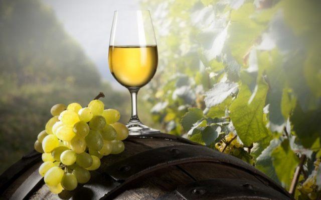 The Guardian: 8 vinhos brancos portugueses perfeitos