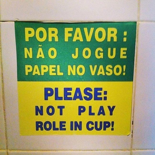 27 traduções de chorar a rir