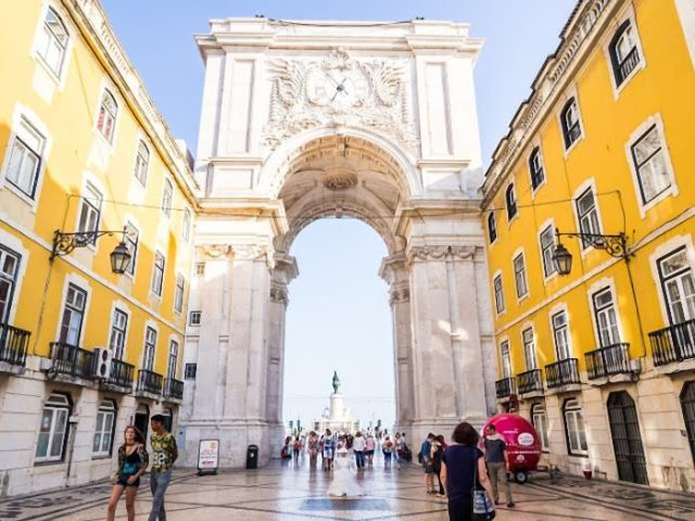 Os Aquedutos e Arcos mais bonitos do mundo (3 são portugueses) - © iStock