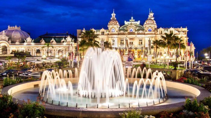 Casino de Monte Carlo - 30 Lugares Famosos do Mundo