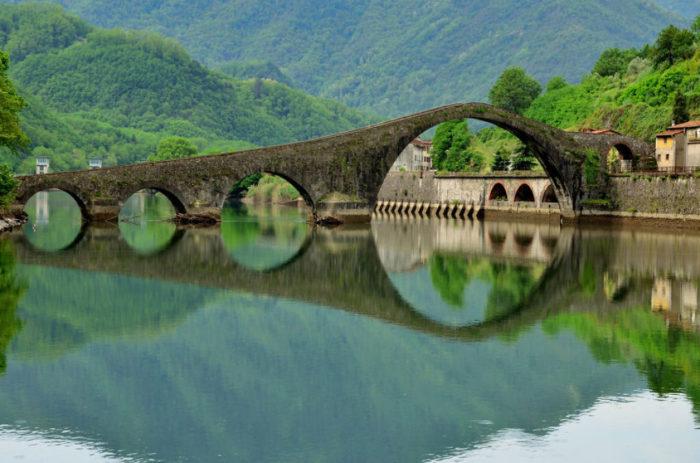 Ponte Della Maddalena, Borgo A Mozzano, Itália