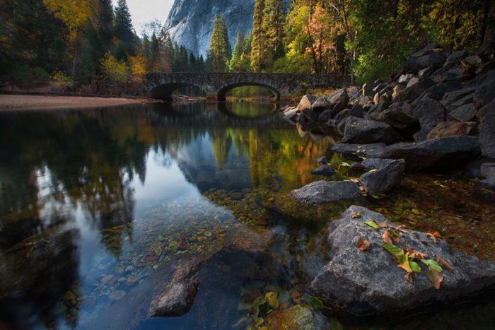 Ponte sobre o rio Merced, Yosemite