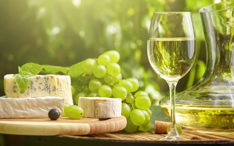 É português o melhor vinho branco do mundo e custa menos de 10€
