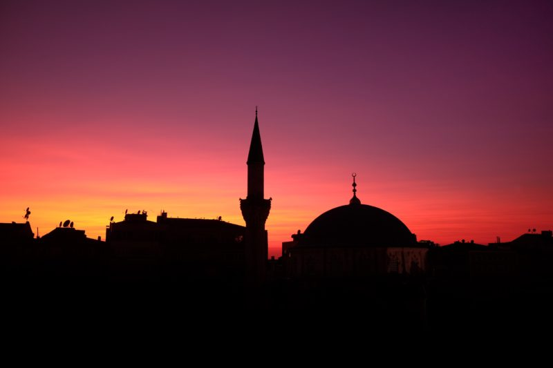 Turquia, Istambul: A capital mundial do transplante capilar