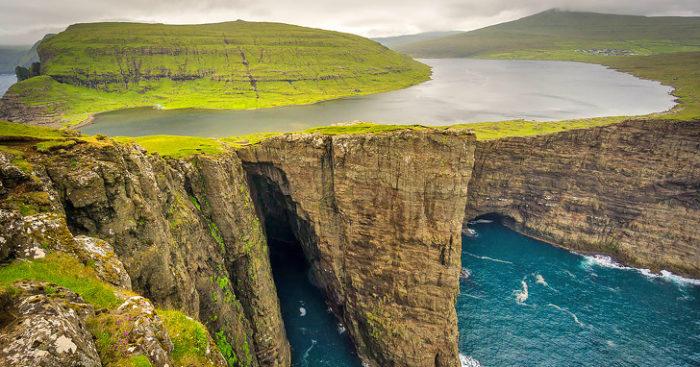 Lago Sørvágsvatn, Ilhas Faroé, Dinamarca