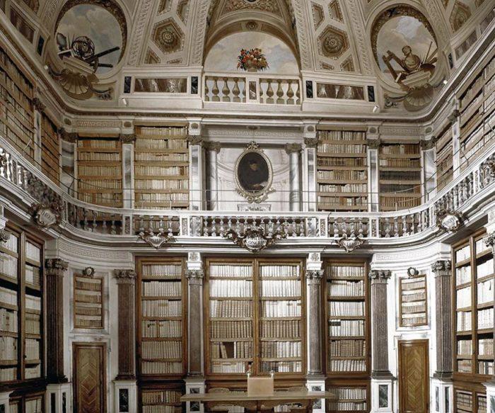 Biblioteca Pública de Imola, na Itália