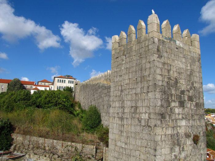A Muralha Fernandina no Porto