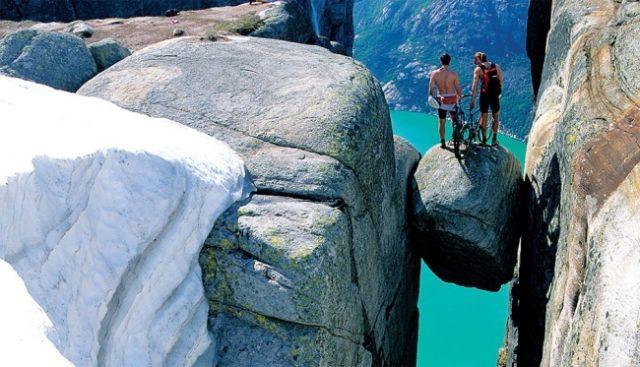 Roca Kjerag, Noruega