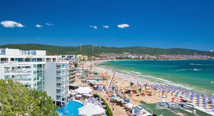 10 destinos de praia mais baratos na Europa para viajar este verão