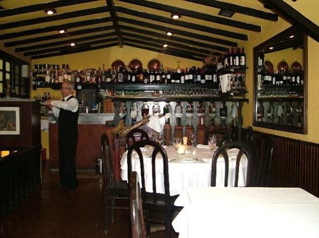 cafés e restaurantes mais antigos de Lisboa