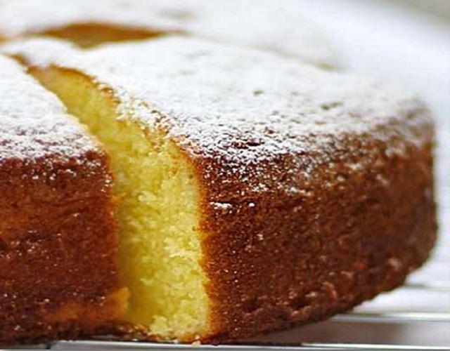 Doçaria Conventual: bolo e bolachas da Madre Joana