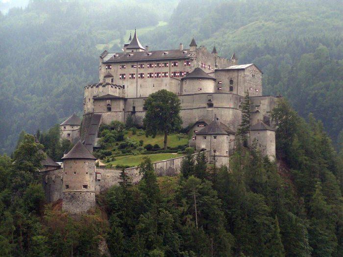 castelos saídos de um conto de fadas