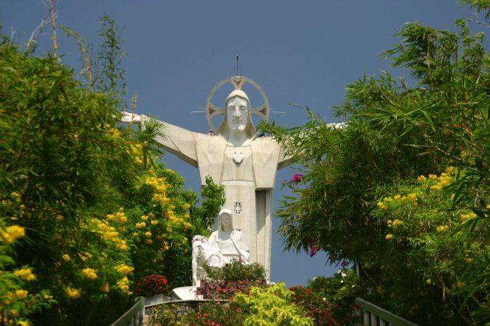 estátuas de Jesus mais famosas