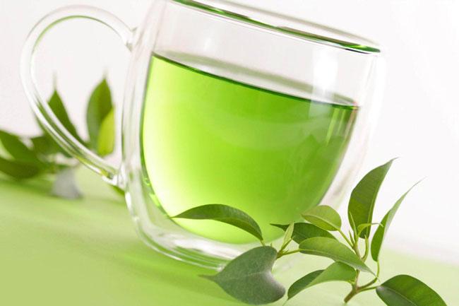 Chá verde para que serve e benefícios para a saúde