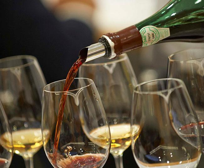 vinho tinto ou branco faz bem à saúde