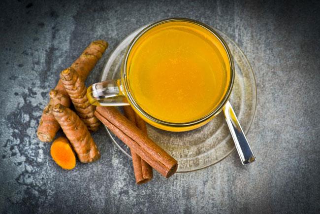 Açafrão: benefícios do chá