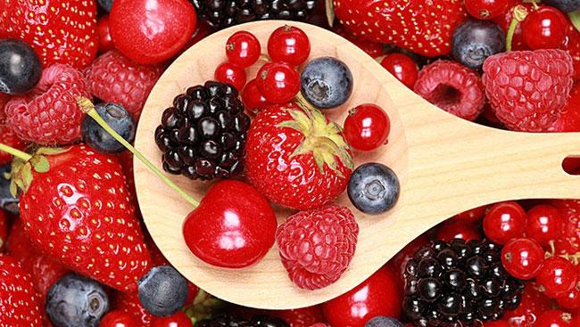 Vinho tinto e frutos vermelhos