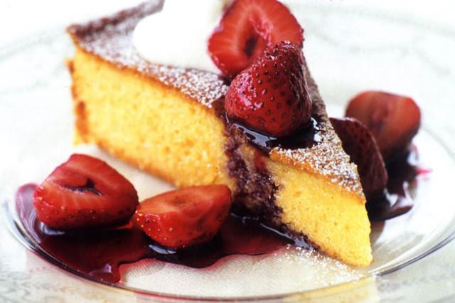 bolo de iogurte de frutos vermelhos