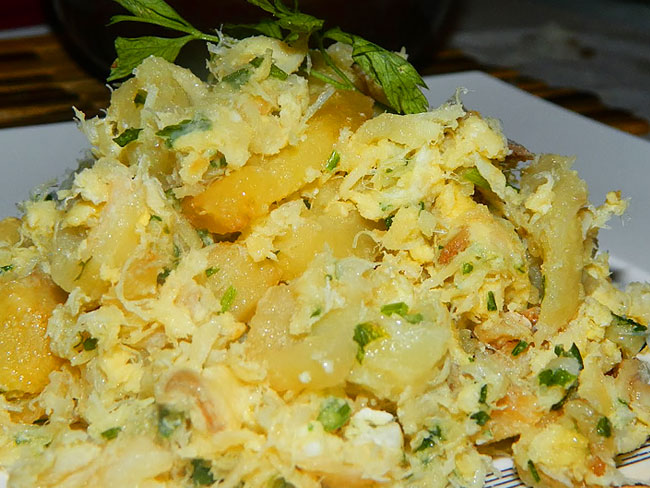 bacalhau com ovos mexidos