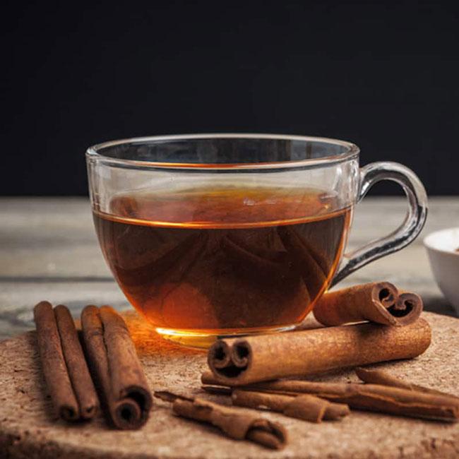 beber chá de canela