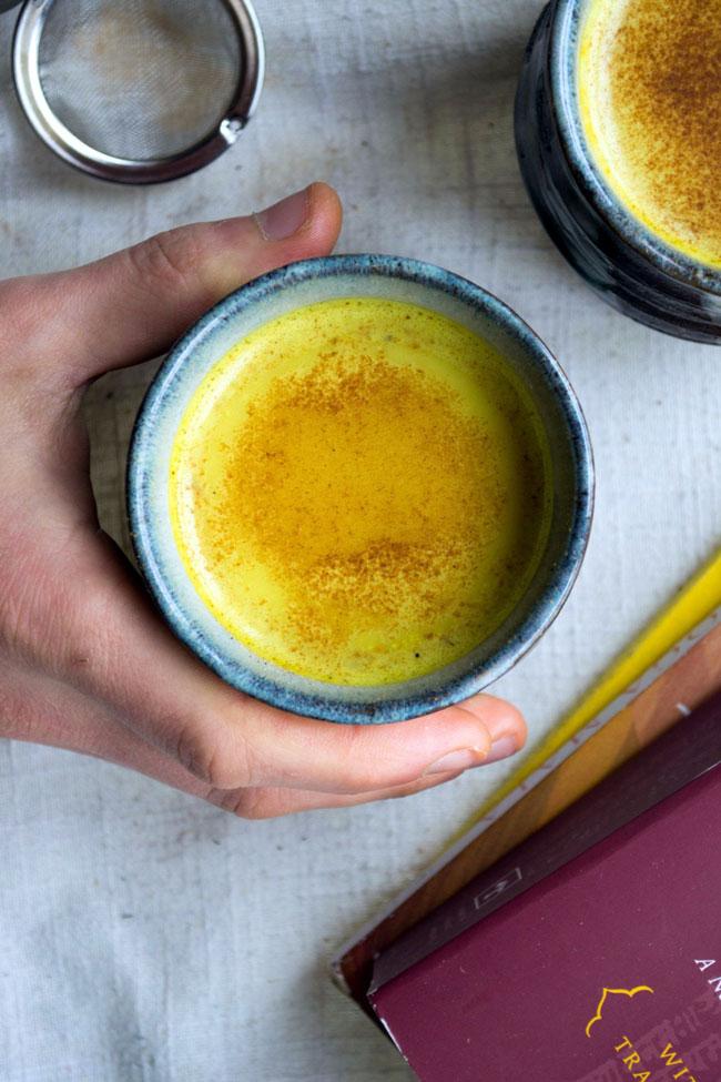 limão e mel com canela e açafrão