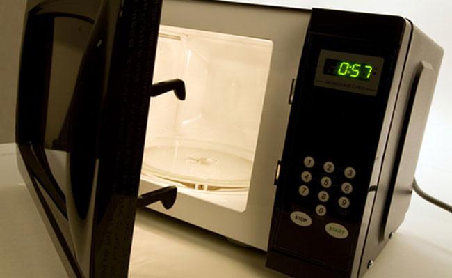 erros ao usar o microondas