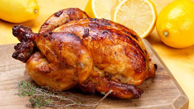 Aprenda a assar frango no forno