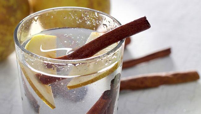 beber água com canela