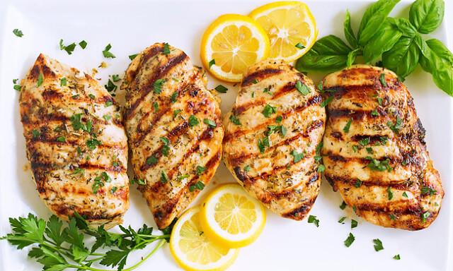 receitas de peito de frango fáceis