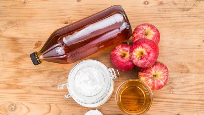 vinagre de maçã com bicarbonato de sódio