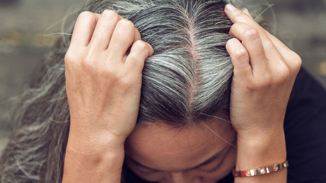 Elimine os cabelos brancos