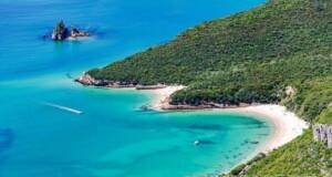 Praia dos Coelhos é considerada a praia mais selvagem