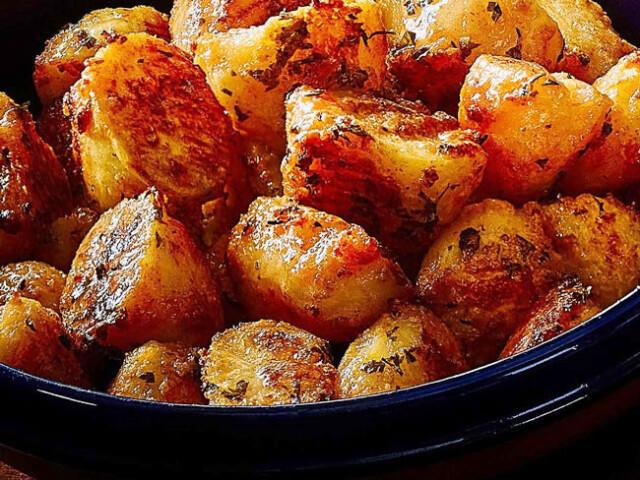 Como fazer as batatas assadas