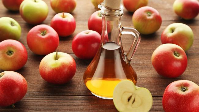Beber vinagre de maçã em jejum