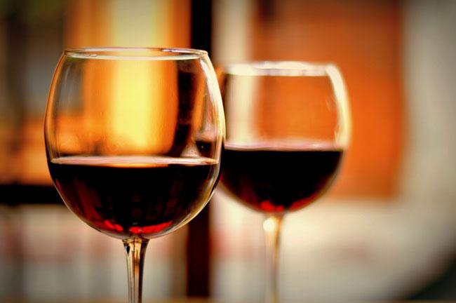 Tintos, brancos e Portos: 5 vinhos nacionais bons, mas caros