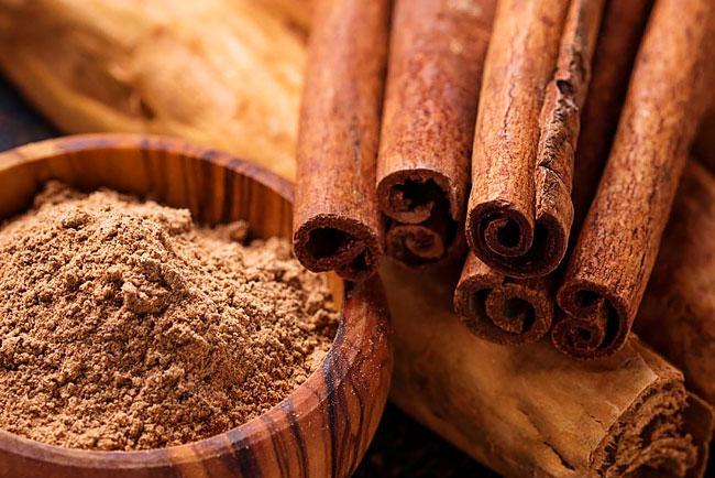 Canela ajuda a controlar níveis de açúcar no sangue