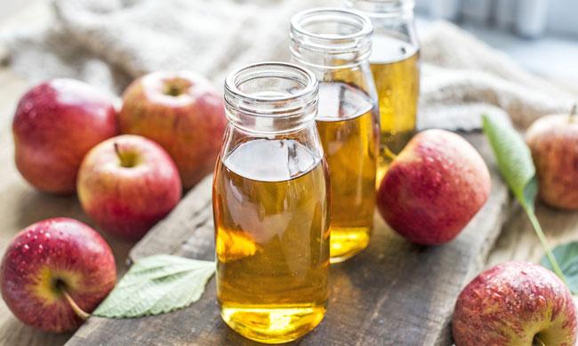 razões para tomar banho com vinagre de maçã