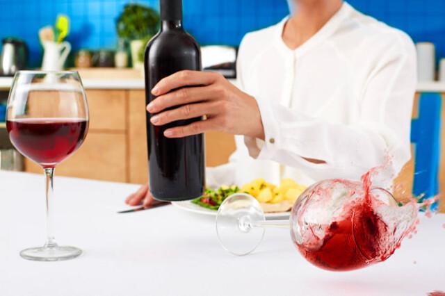 remover nódoas de vinho tinto
