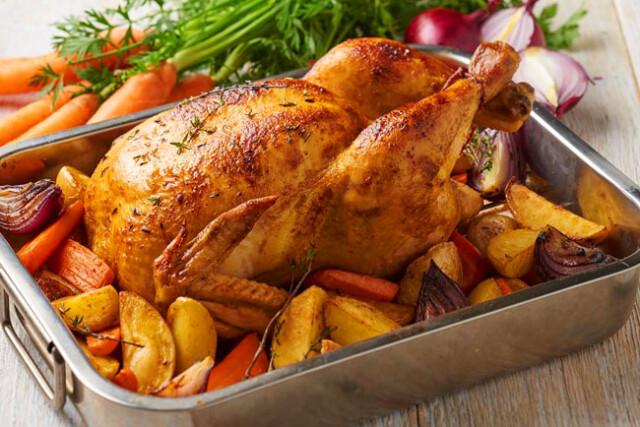 fazer frango assado no forno