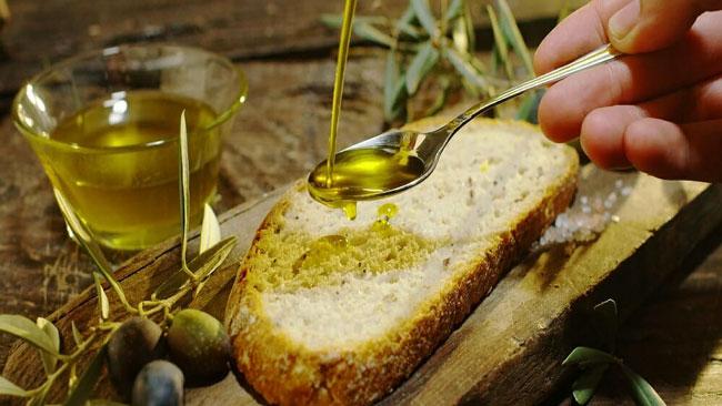 azeite pode ajudar a prevenir doenças cardiovasculares