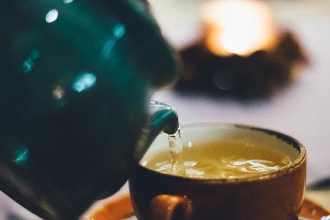 Chá de limão e alho
