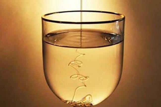 água com mel em jejum